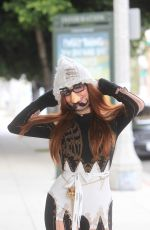 Phoebe Price Shows off her disguise in Hollywood