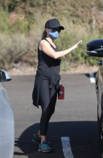 Reese Witherspoon Out for a hike in Brentwood