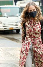 Sarah Jessica Parker Arrives at her store in New York