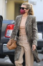 Sofia Richie Arrives for a late lunch in Beverly Hills