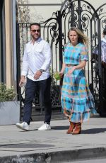 Alicia Silverstone Looks smitten while out on a lunch date with a handsome man at Urth Caffe in West Hollywood