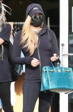 Avril Lavigne Seen out shopping with girlfriends in Malibu