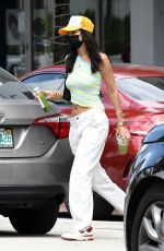 Bella Hadid Out for lunch in Miami