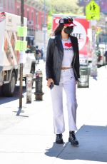 Bella Hadid Spotted out shopping for sister Gigi