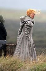Claire Danes Spotted looking cold and wet between scenes whist filming