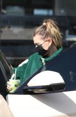 Hailey Baldwin/Bieber Seen out at a juicery in Los Angeles