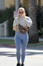 Hannah Brown Pictured Stepping Out to the Gym in Los Angeles