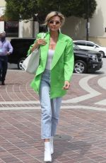 Heidi Klum Arrives at a taping of America