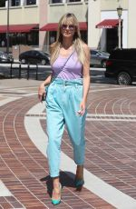 Heidi Klum Keeps it classy as she arrives at AGT Taping in Los Angeles