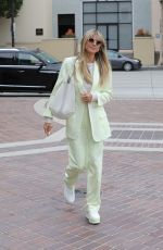 Heidi Klum Looks stylish as she arrives at the AGT taping in Los Angeles