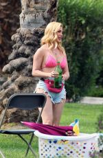 Heidi Montag and Audrina Patridge are pictured on set of