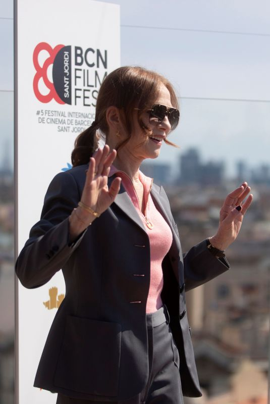 Isabelle Huppert Poses during the presentation of her last film