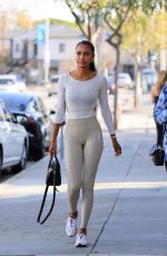 Jasmine Tookes Shows off her stunning physique on her way to the gym