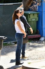 Jennifer Garner Makes a trip to her new house in Brentwood