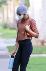 Kaia Gerber Arrives at her usual morning pilates class in West Hollywood