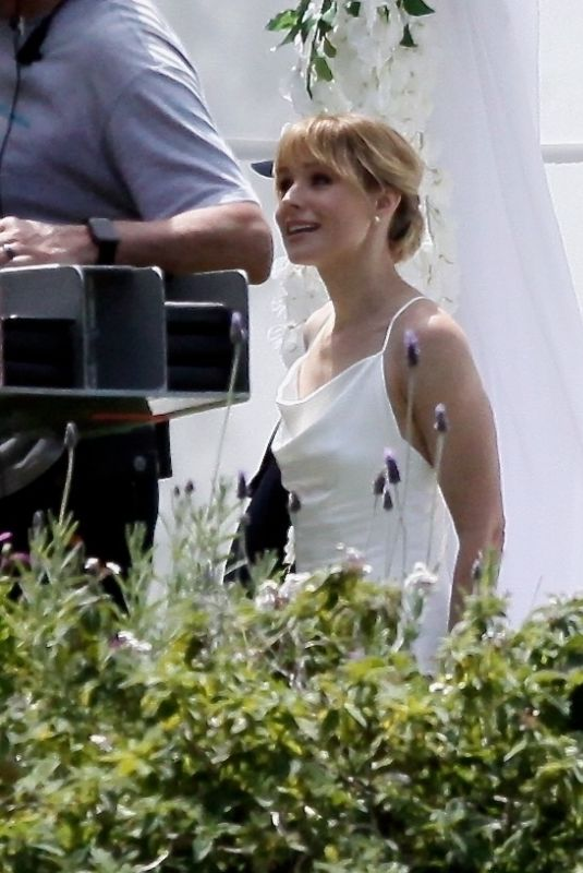 Kristen Bell On the set of The Woman In The House in Los Angeles