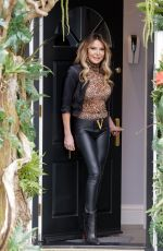 Lizzie Cundy Is seen at the R.H Salon in Knightsbridge