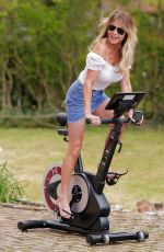 Lizzie Cundy Is seen getting to grips with her new