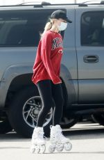 Margot Robbie Out rollerblading on the beach in Malibu