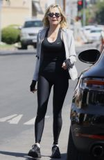 Melanie Griffith Set out to run a few errands in Los Angeles