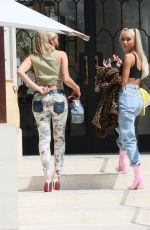 Pia Mia Shows off her perfect body as she grabs lunch with a friend in Los Angeles