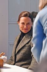 Pippa Middleton Enjoys a romantic dinner date night with her husband James Matthews in London