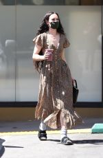 Rumer Willis Quenches her thirst with a cold smoothie in LA