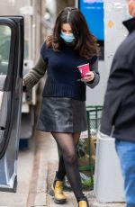 Selena Gomez Arriving to the set of