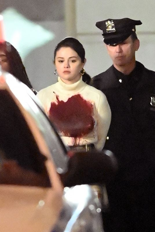 Selena Gomez Sucked in blood while getting arrestead filming Only Murders In The Building in New York City