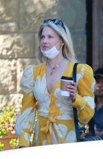 Ali Larter Enjoys a beautiful day in Santa Barbara with her friends