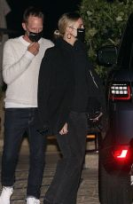 Ashlee Simpson Steps out for a dinner date at celebrity hot spot Nobu in Malibu