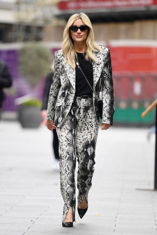 Ashley Roberts Arriving at the Global Radio Studios in London