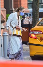Blake Lively Steps out with family in New York