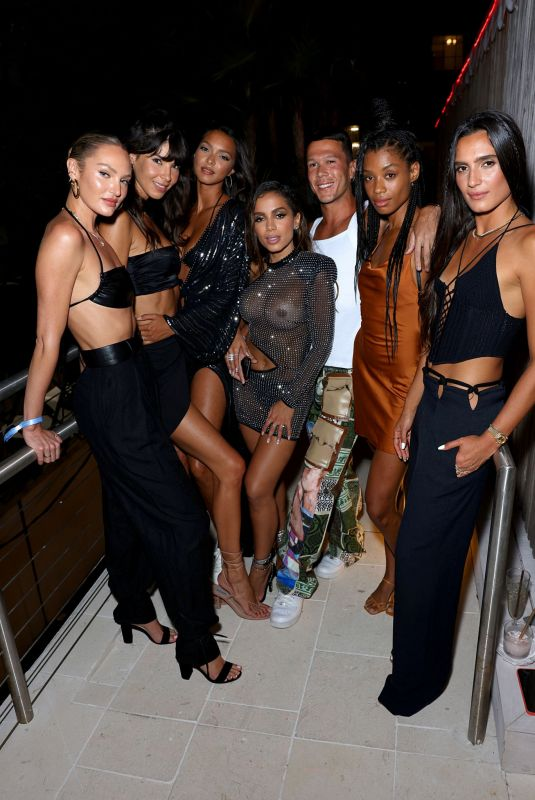"""Candice Swanepoel & Jasmine Tookes attends A """"Night From Rio"""" Celebration at Strawberry Moon in Miami Beach"""