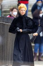 Claire Danes Filming on set in London