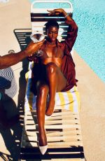 Diarra Sylla Soaks up the sun by the pool in Palm Springs