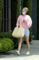 Elsa Hosk Grabs juice from Moon Juice before heading to the gym in West Hollywood