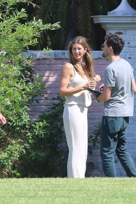 Gisele Bundchen Spotted touring their newly purchased $17m Miami Beach property