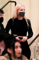 Iggy Azalea Turns heads as she shows off her curvy physique during dinner at Avra in Beverly Hills