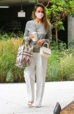 Jessica Alba Arrives at her office wearing an Honest sweatshirt a day after Company