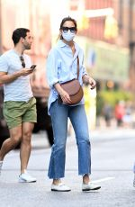 Katie Holmes Seen shopping in New York