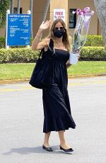 Kelly Bensimon Grabs a Beautiful Orchid at Publix in Palm Beach