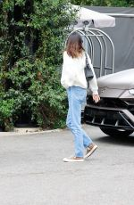 Kendall Jenner Outside the Hotel Bel-Air in LA