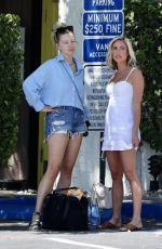 Kristin Cavallari Wraps up another day of her Palm Springs photoshoot