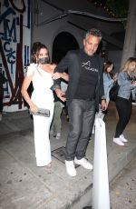 Kyle Richards Steps out to dinner at Craigs in West Hollywood