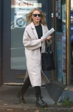 Kylie Minogue Looks ageless in Melbourne