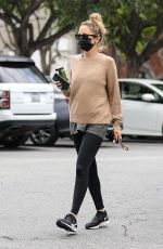 Nicole Richie Out in Los Angeles
