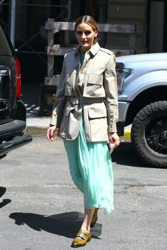 Olivia Palermo Leaving her car for lunch in New York City