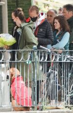 Olivia Wilde Was spotted buying flowers on a coffee run in West London