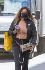 Serena Williams Goes on a shopping spree at the Gucci store in Rome